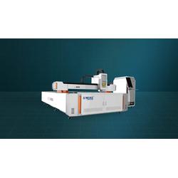 Gweike MEDIUM POWER/3000W L SERIES Оптоволоконный лазерный станок для резки металла Gweike Станки лазерной резки Станки по металлу
